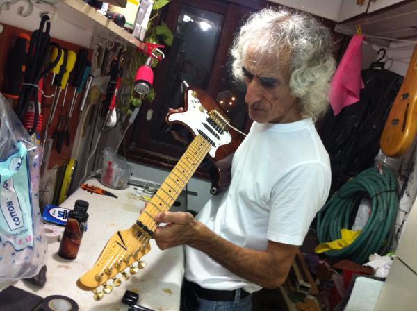 סטאפ לגיטרות חשמליות ובס, שיחזור גיטרות וינטאג'