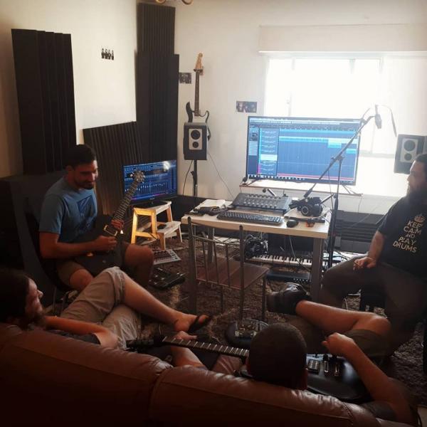 שיעורי גיטרה למתחילים ולמתקדמים (פרדס חנה, M.T Studio)