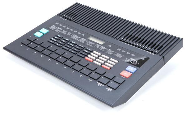 Yamaha RX5 מכונת תופים
