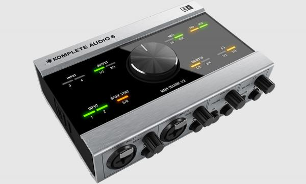 Komplete Audio 6 Native Instrument