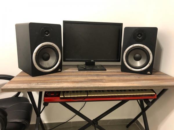 מוניטורים מוגברים M-audio BX8